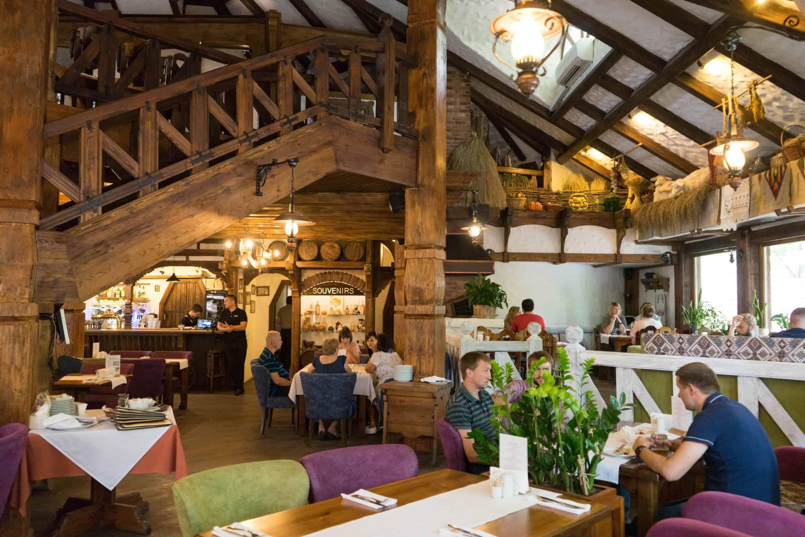 Restaurant-Taras_Interior4-min